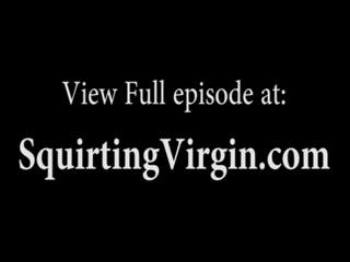 Порно онлайн с участием молодой и красивой девушки, которая любит ебаться в анал